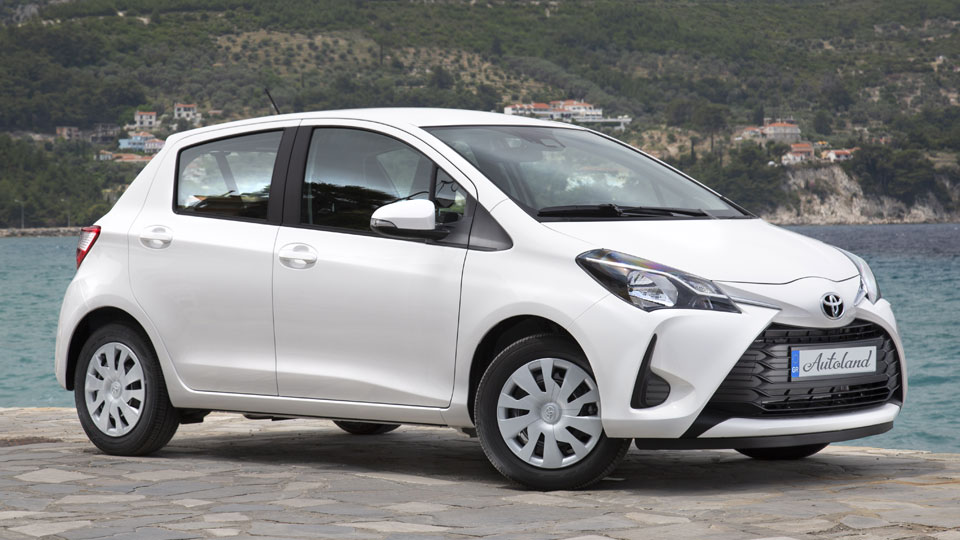 yaris-white-full